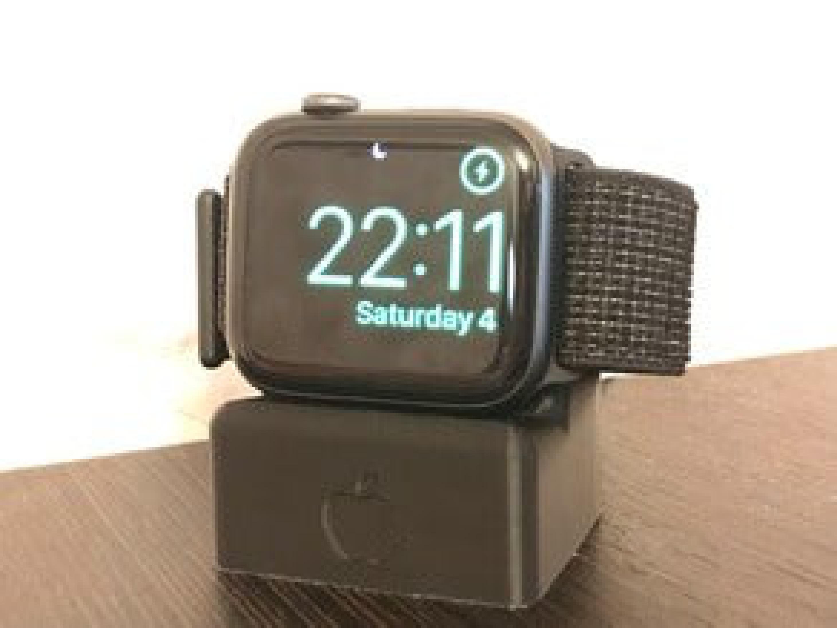 Series 4 Apple Watch Şarj Cihazı