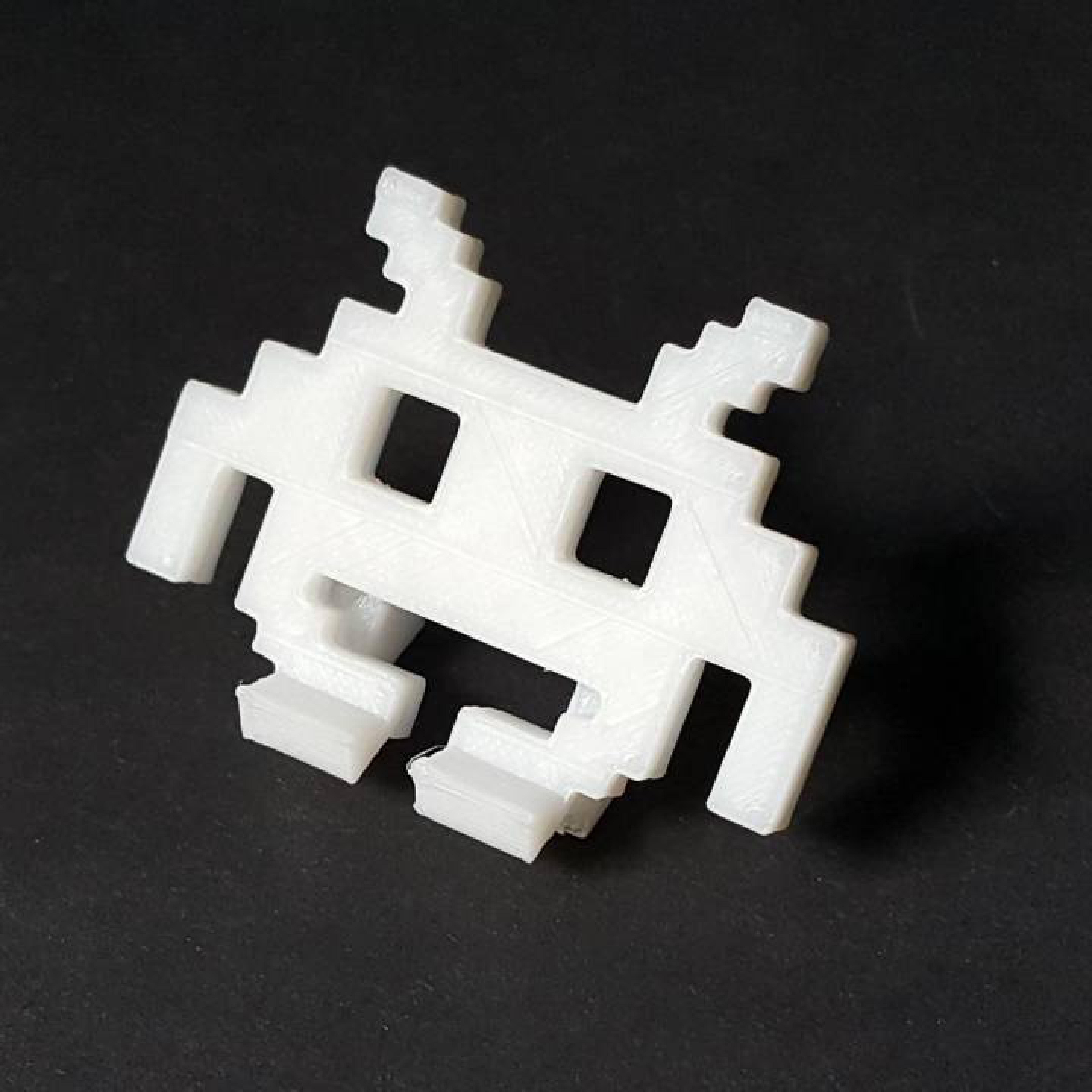 Space Invader Masaüstü Telefon Tutucu Uzay İstilacısı