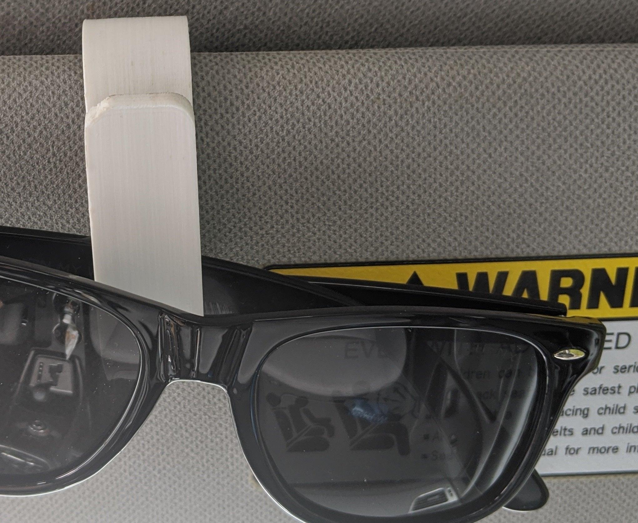 Araç İçi Güneşlik Gözlük Tutacak Tutucu Mandal Klips Aparat
