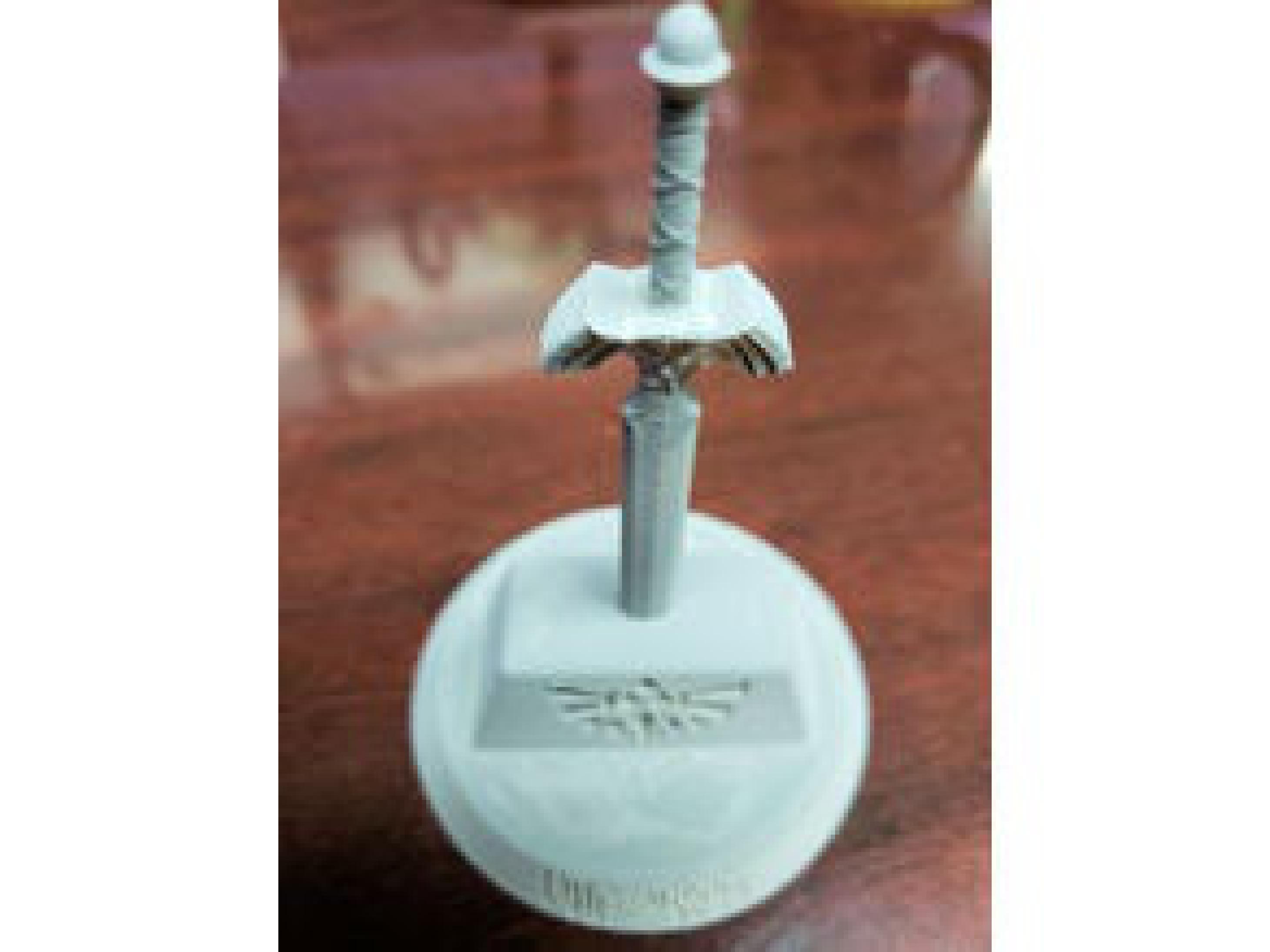 Usta Kılıç (Zelda) Biblo Dekoratif Hediyelik Süs Eşyası Maket