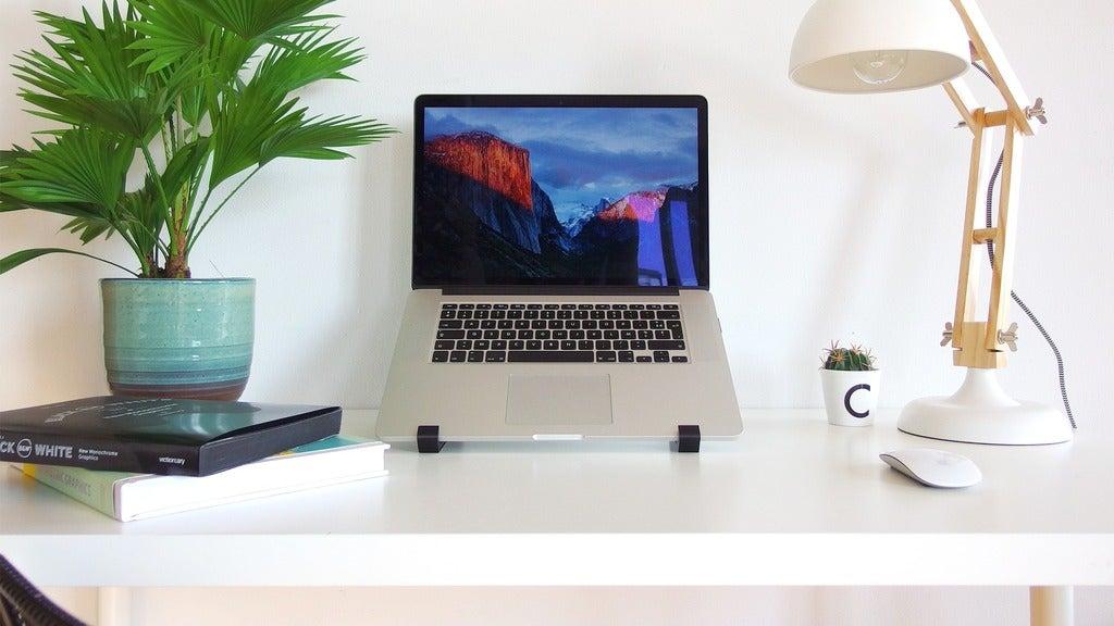 MacBook Pro Retina İçin Masaüstü Yükseltici Stand