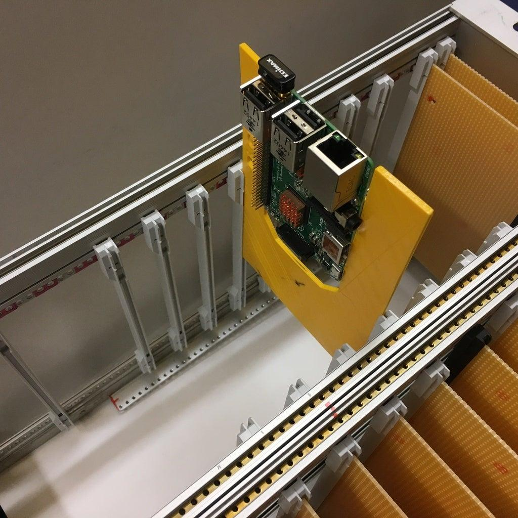 Cluster için Raspberry Pi Kartı Tutucu 1 adet beyaz renk