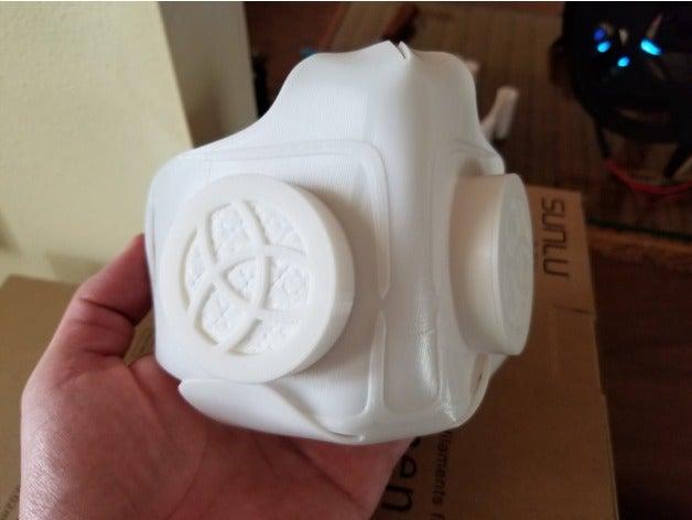 Organik Plastikten Temizlenebilir Tekrar Kullanılabilir Maske