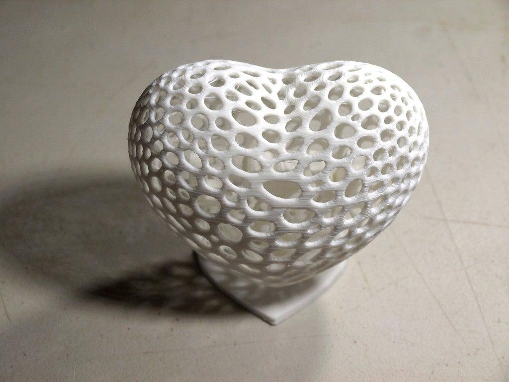 Voronoi Heart Standı Sevigiliye Hediyelik Dekoratif Biblo Dekor