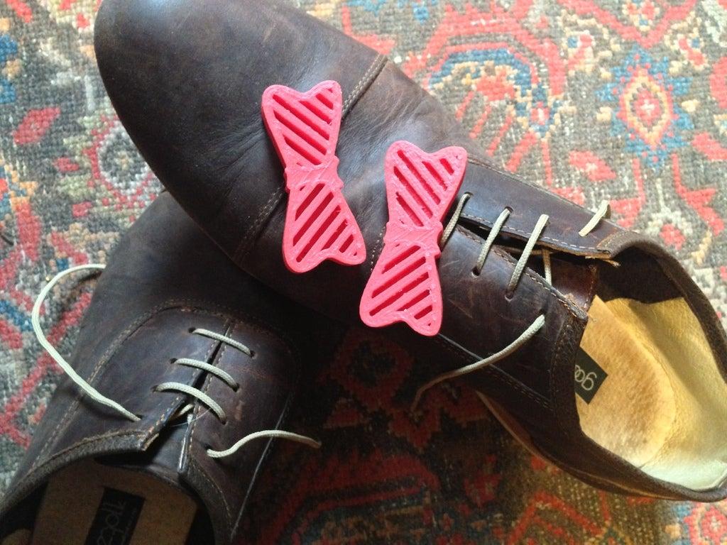 Ayakkabılarınızı Papyon  Organik Plastikten Aksesuar Süs Eşyası